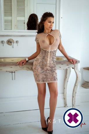 Laura is one of the incredible massage providers in Westminster. Go and make that booking right now