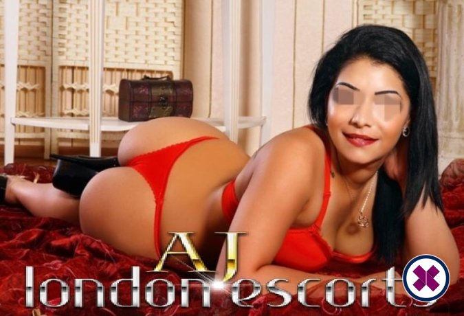 Jacqueline is a sexy Romanian Escort in London