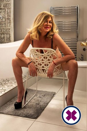 Nicky is a super sexy Spanish Escort in Enfield