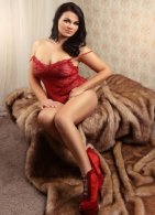 Molly - an agency escort in London