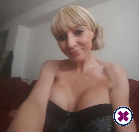 Busty Bobby is a high class British Escort Swansea