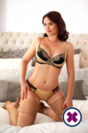 Alexandra  ist eine der beliebtesten Masseusen in Royal Borough of Kensingtonand Chelsea. Rufen Sie sie an und buchen Sie ein Treffen.