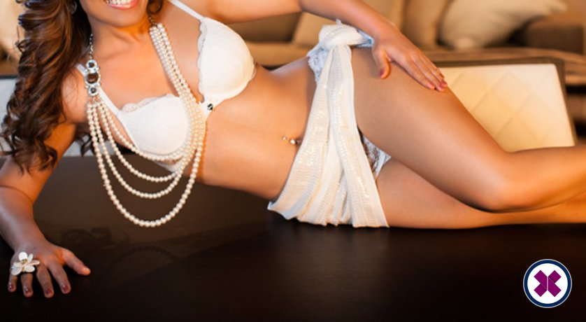 Aliza is a high class Indian Escort London
