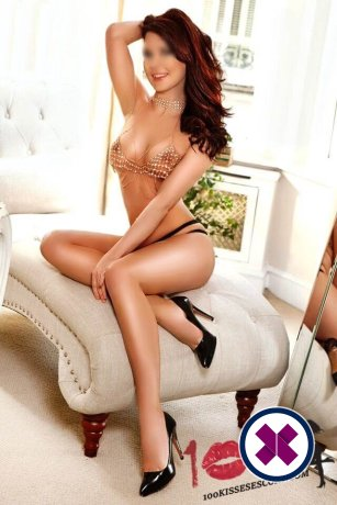 Amber er en sexy Russian Escort i London