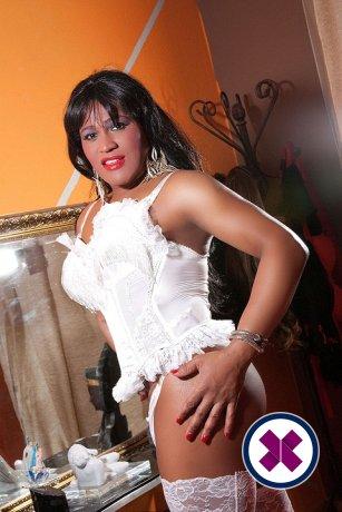 Lassen Sie sich von Brenda Hot Massage TS den Atem rauben, eine der besten Masseusen in Leeds